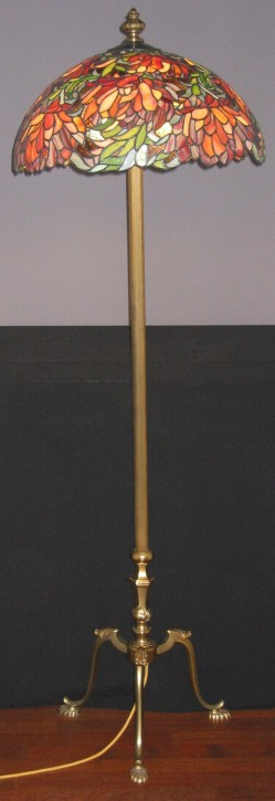 Tiffany Stehleuchte Seerose Ø 50 cm