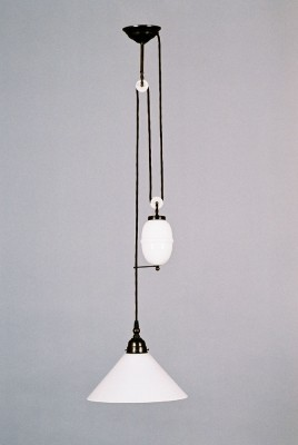 Zuglampe Messing 1flammig mit Porzellanei