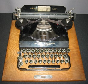 Reiseschreibmaschine Senta