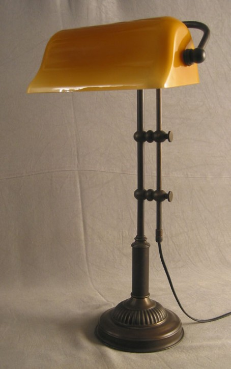 Bankerlamp Messing opal-beige