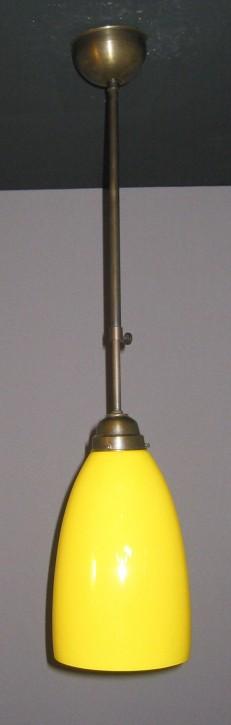 Stangenpendel mit farbigem Trichterglas