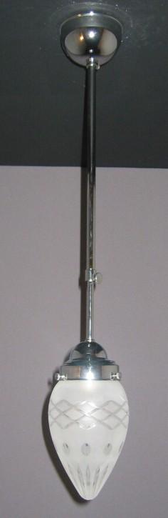 Deckenpendel verchromt mit Sternschliffzapfenglas