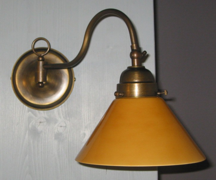 Wandlampe mit Gelenk 1flammig Schusterschirm