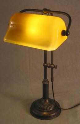 Bankerlamp Messing opal-beige